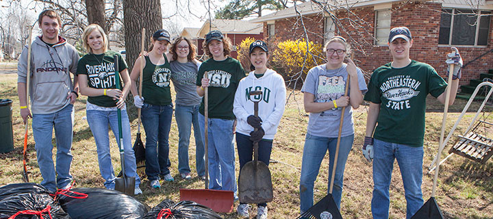NSU Students Help the Community