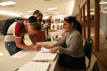Image of Students voting for Student Government offices