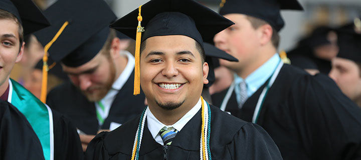 NSU Students Graduate
